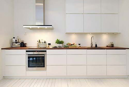 Kitchen With Natural Wood Table Top Cucina Ikea Idee Cucina Ikea Design Cucine