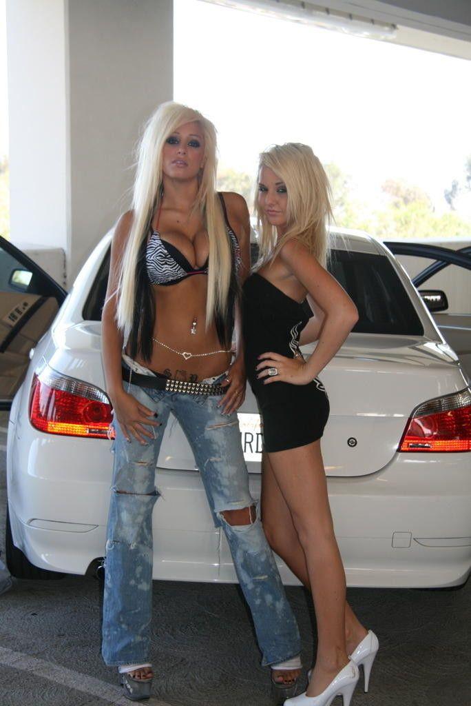 amateur lesbians in a car