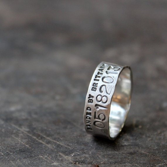 Narrow Duck Band Wedding Ring For Men And Women Unisex Personalized Duck Band Wedding Ring Mens Wedding Rings Cool Wedding Rings
