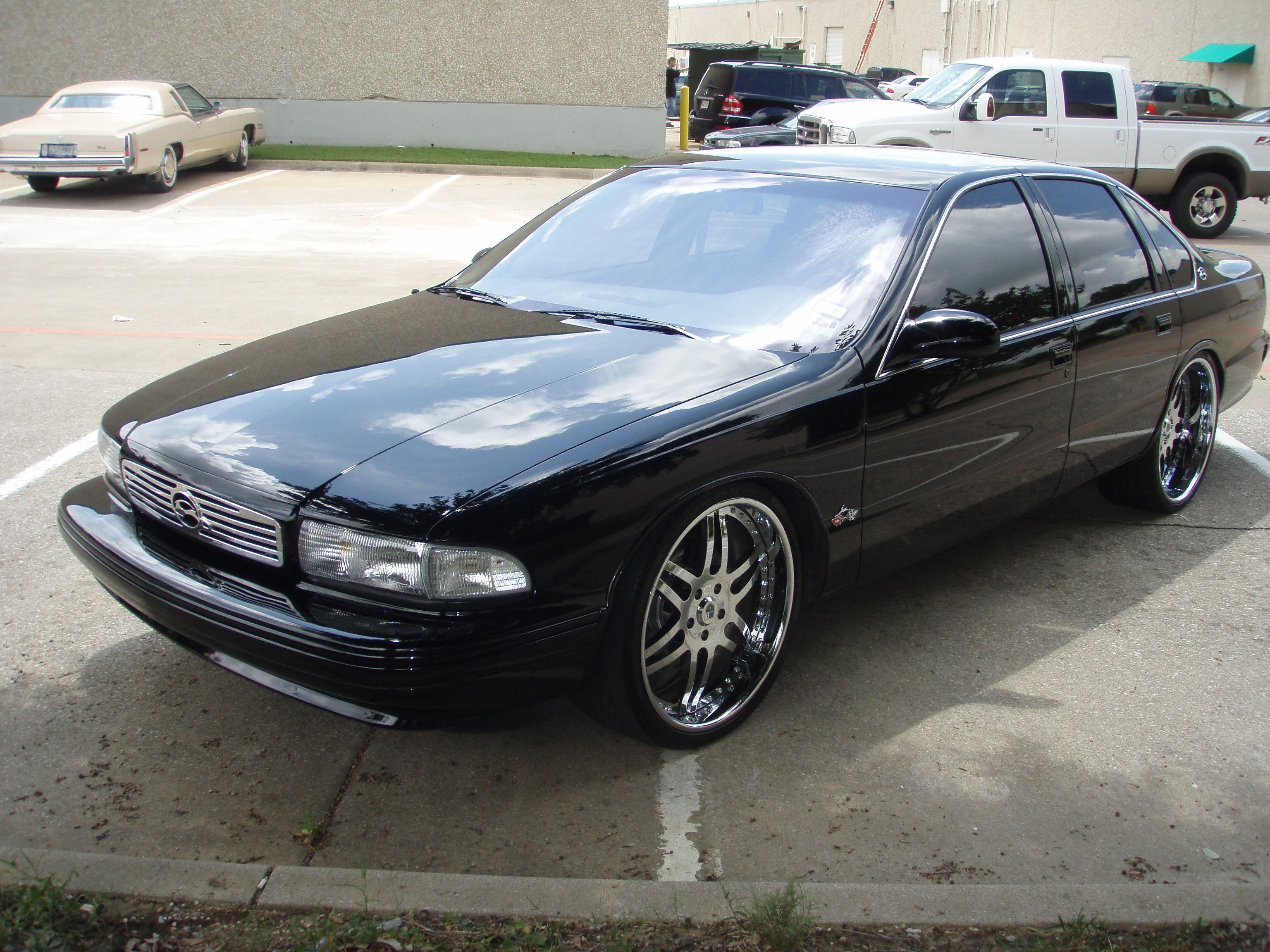 Impala on 22s 2006 chevrolet impala ss my cars pinterest 2006 chevrolet impala chevrolet impala and impalas