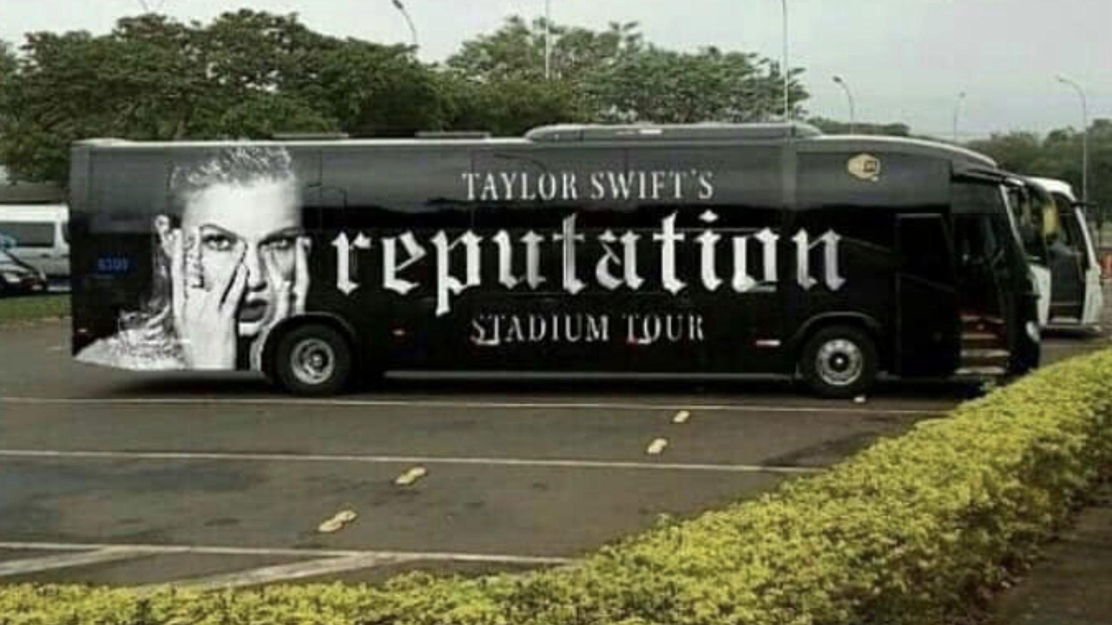 reputation stadium tour bus taylor swift 2018 music