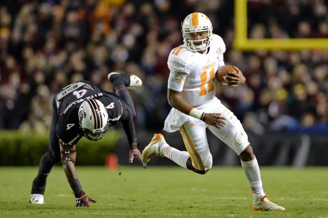 Jalen Hurd, Joshua Dobbs Will Be Formidable Force in SEC East for Tennessee | Bleacher Report