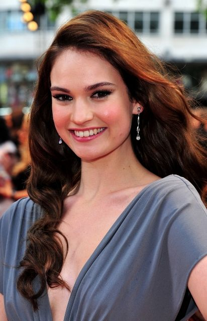 meet 5ee0e 798ec Lily Chloe Ninette Thomson (born 5 April 1989), better known ...