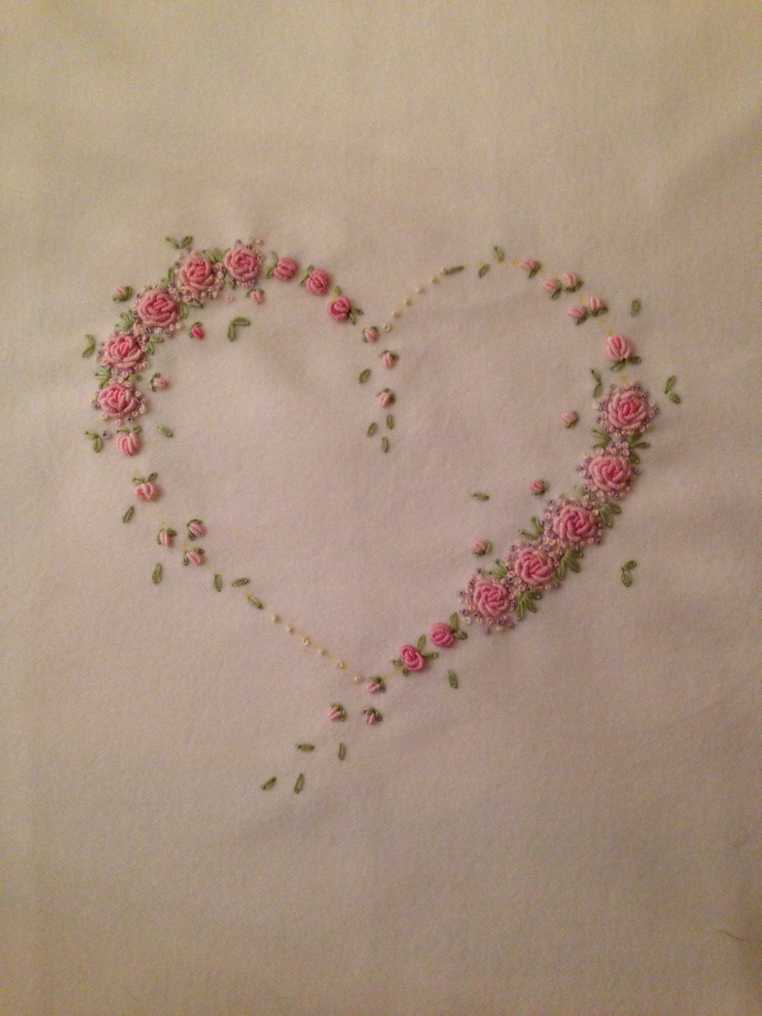 Hand embroidered heart with bullion roses and french knots bordado