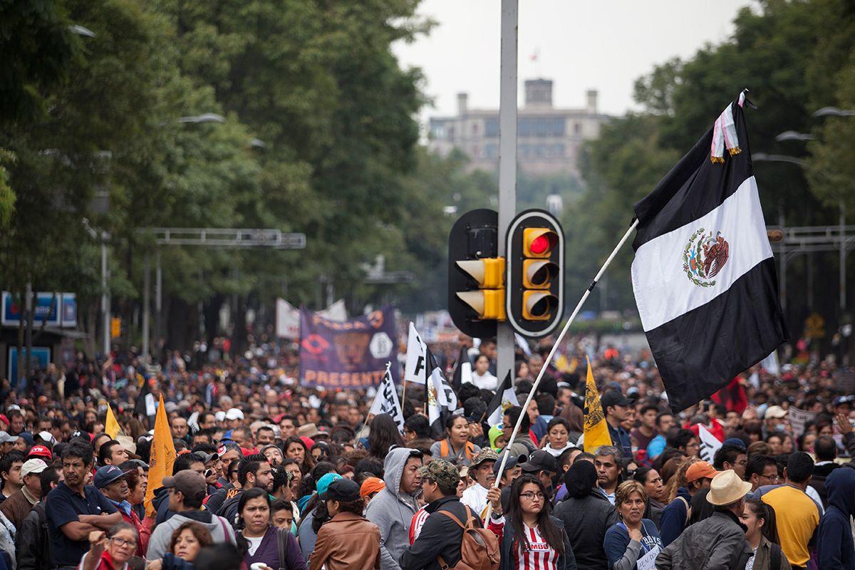 PROCESO: Convocan a marcha este 15 de Septiembre para exigir la salida de Peña.