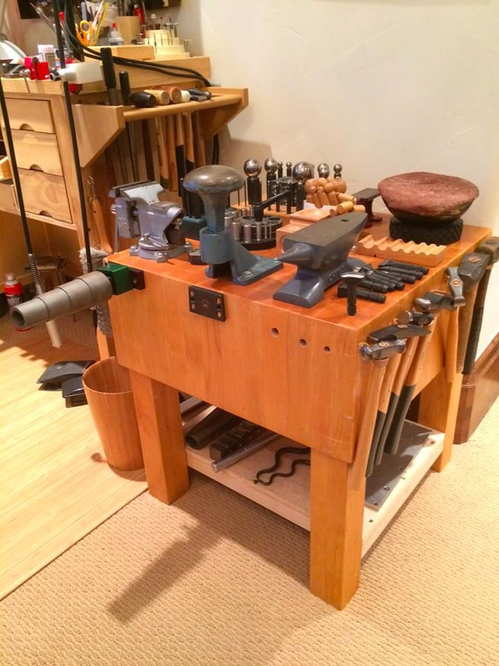 Pin By Jaime On S Bench Set Up In 2020 Metal Working Tools Jewelry Workshop Workbench