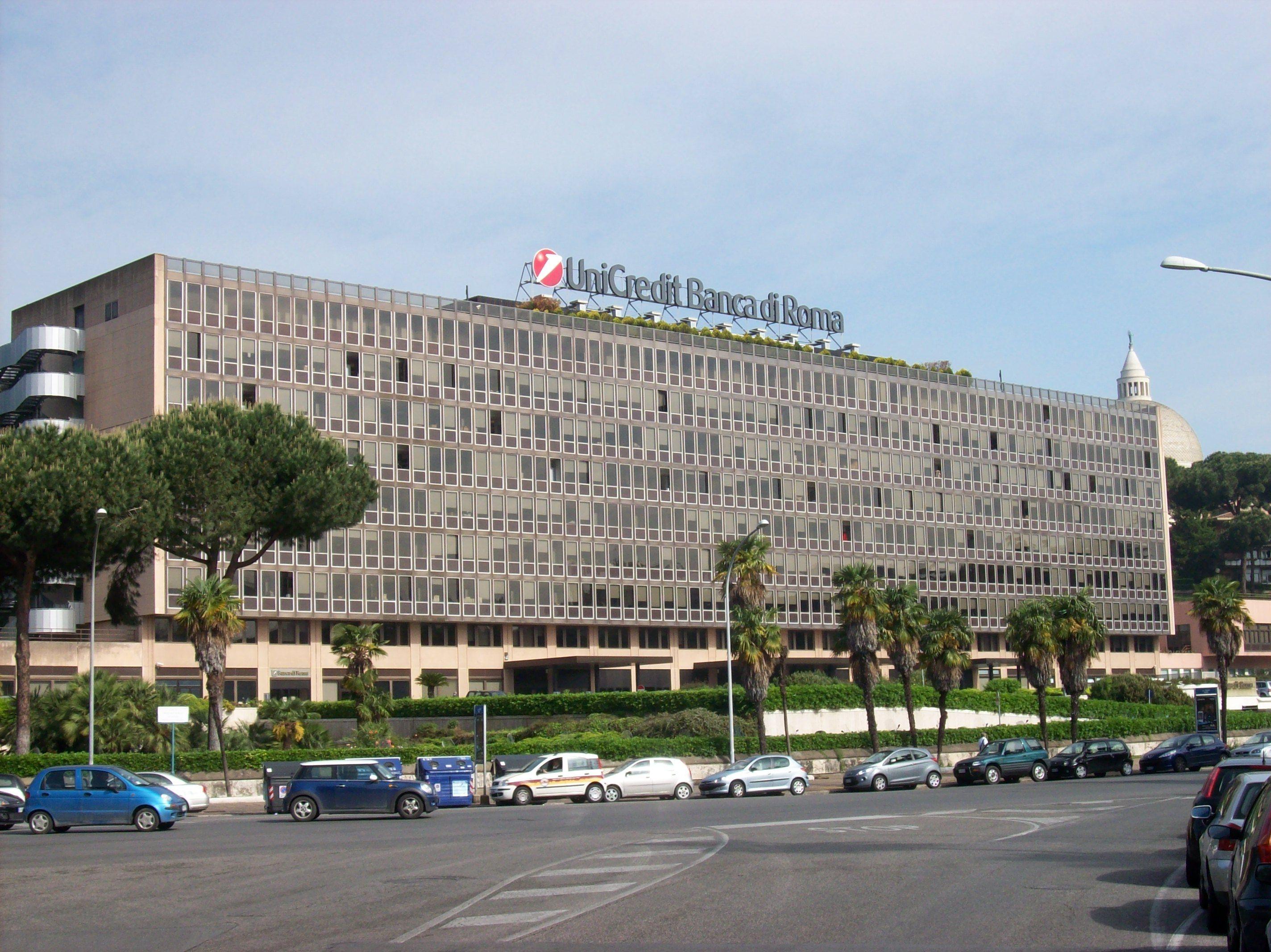 Roma EUR sede UniCredit campo lungo