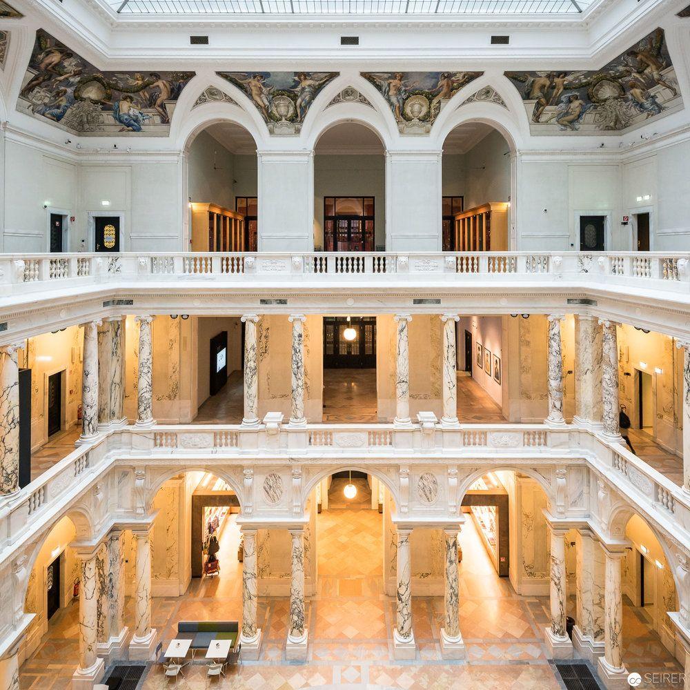 Innenhof Des Weltmusem Wien Nach Der Renovierung 2017 C Michael Seirer Photography Wien Architekturfotografie Architektur