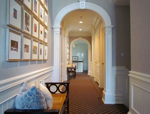 Molding around arched doorways molding trim etc for Interior wall arches