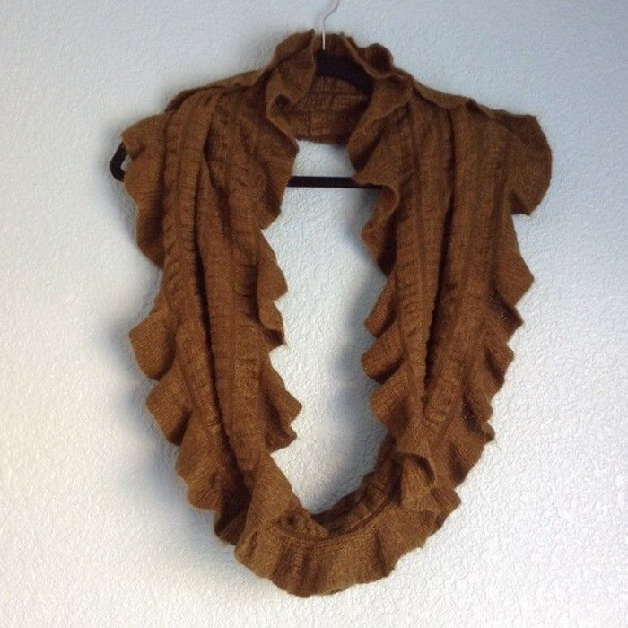 Army green color circle/infinity scarf with scalloped-like frills on the edge from Apt. 9. Worn a few times, still like ne...
