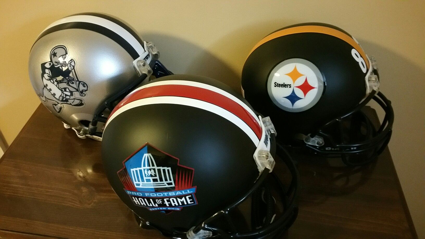 Pin by kevin nodianos on custom football helmets
