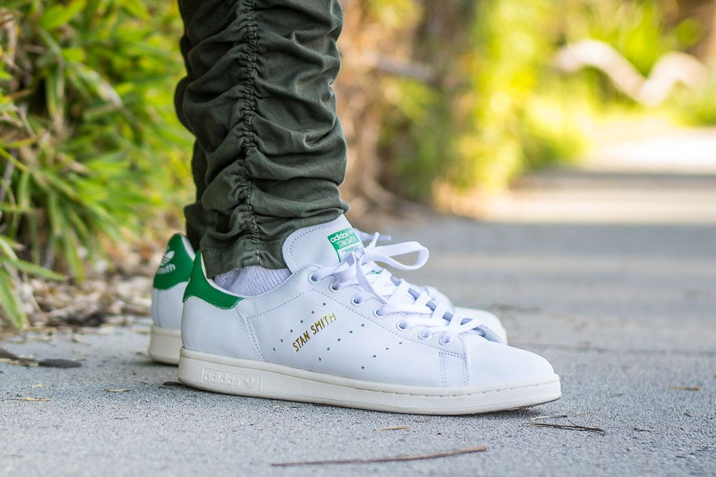buy popular 91718 65fb7 See how these Adidas Stan Smith Vintage look on feet in a video review  before you buy. Find out where to buy these Adidas Stan Smith Vintage  online!