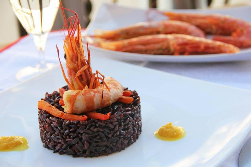 RISO VENERE ALLA CREMA DI PEPERONE E GAMBERONI http://acquolinainblog.com/recipe-items/riso-venere-alla-crema-di-peperone-e-gamberoni/