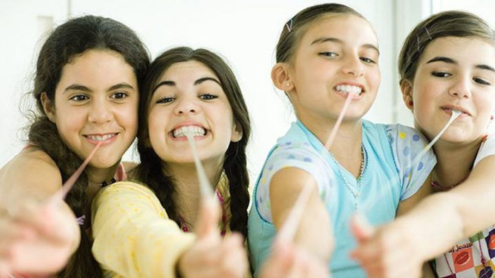 how long does it take to put braces on your top teeth