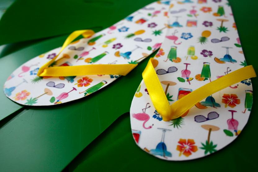 DIY: Flipflop-sandaali kutsu / Flip Flop shoe invitation.