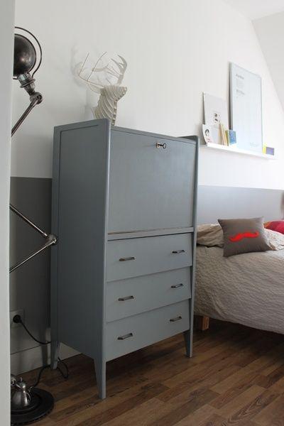 Petit secrétaire vintage en bois, repeint en gris galet Intérieur - Peindre Meuble En Chene Vernis