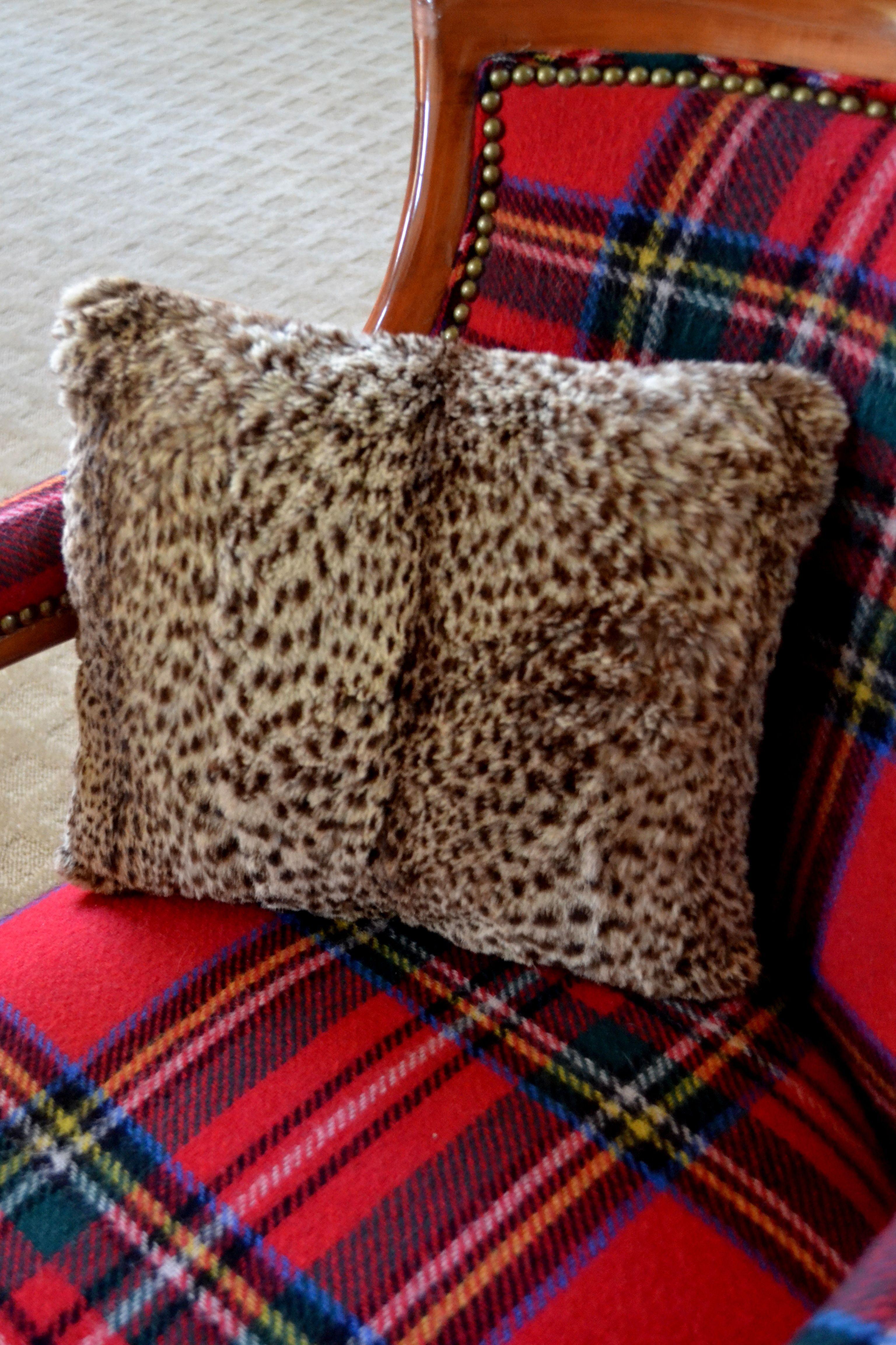 tartan and leopard at. Black Bedroom Furniture Sets. Home Design Ideas
