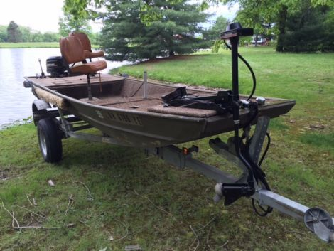 1984 16 foot Lowe Lowe Lake Jon Boat | Jon boat, Used boats, Used