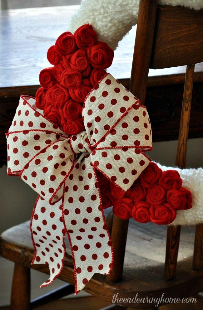 Felt Roses, Yarn and Ribbon Valentine Wreath
