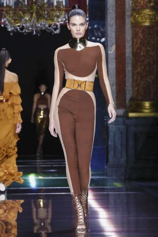 Paris Fashion Week 2015: Kendall Jenner, Gigi Hadid and