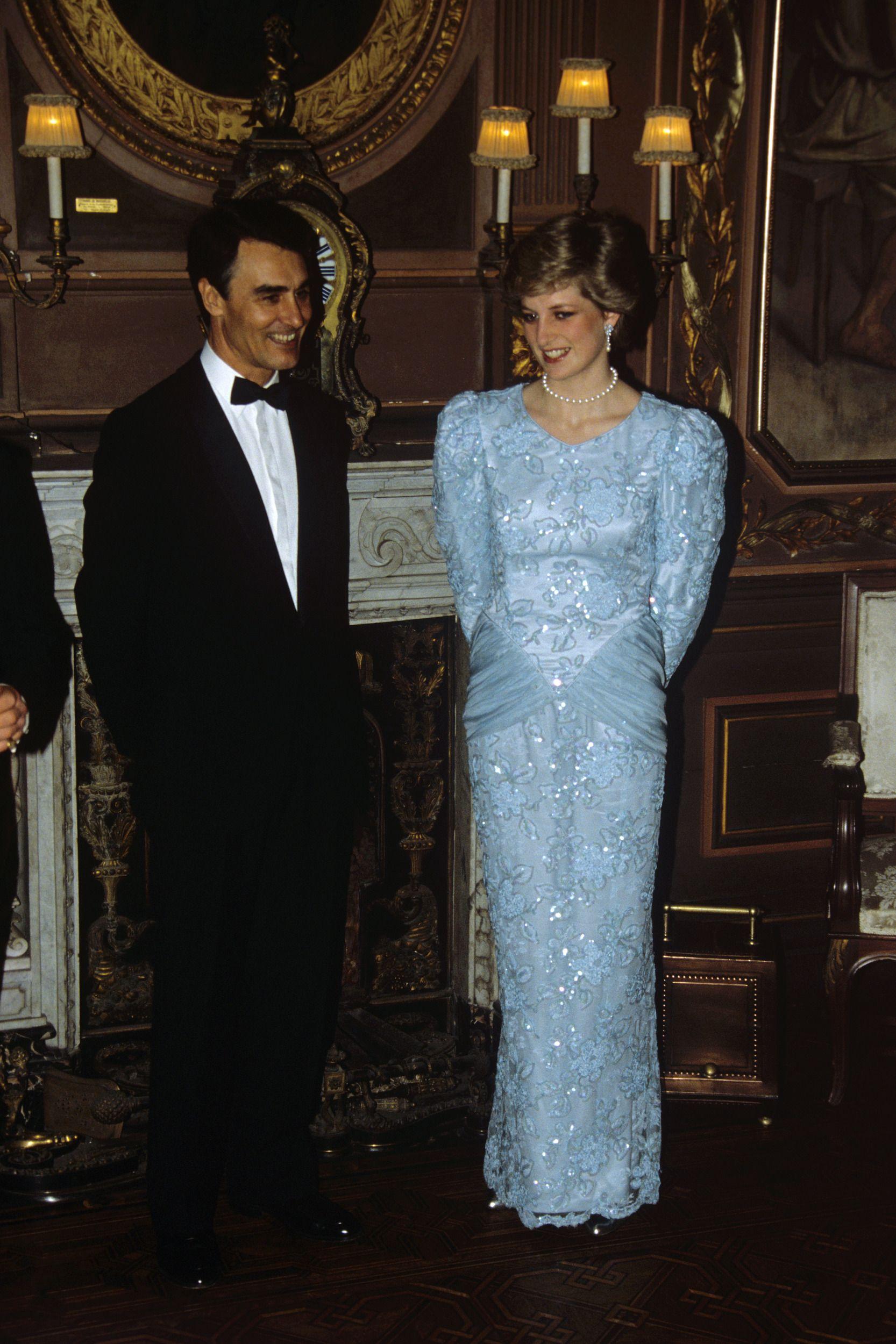 Princess Diana\'s Wedding Dress Designer Confirmed For Im A ...