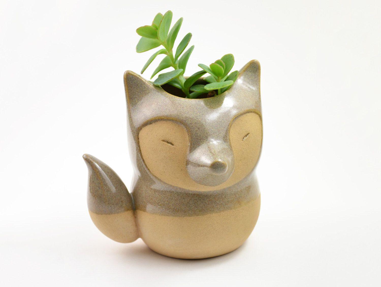 Fox shaped ceramic planter/ vase - caramel/gray by cumbucachic on Etsy https://www.etsy.com/listing/197254509/fox-shaped-ceramic-planter-vase