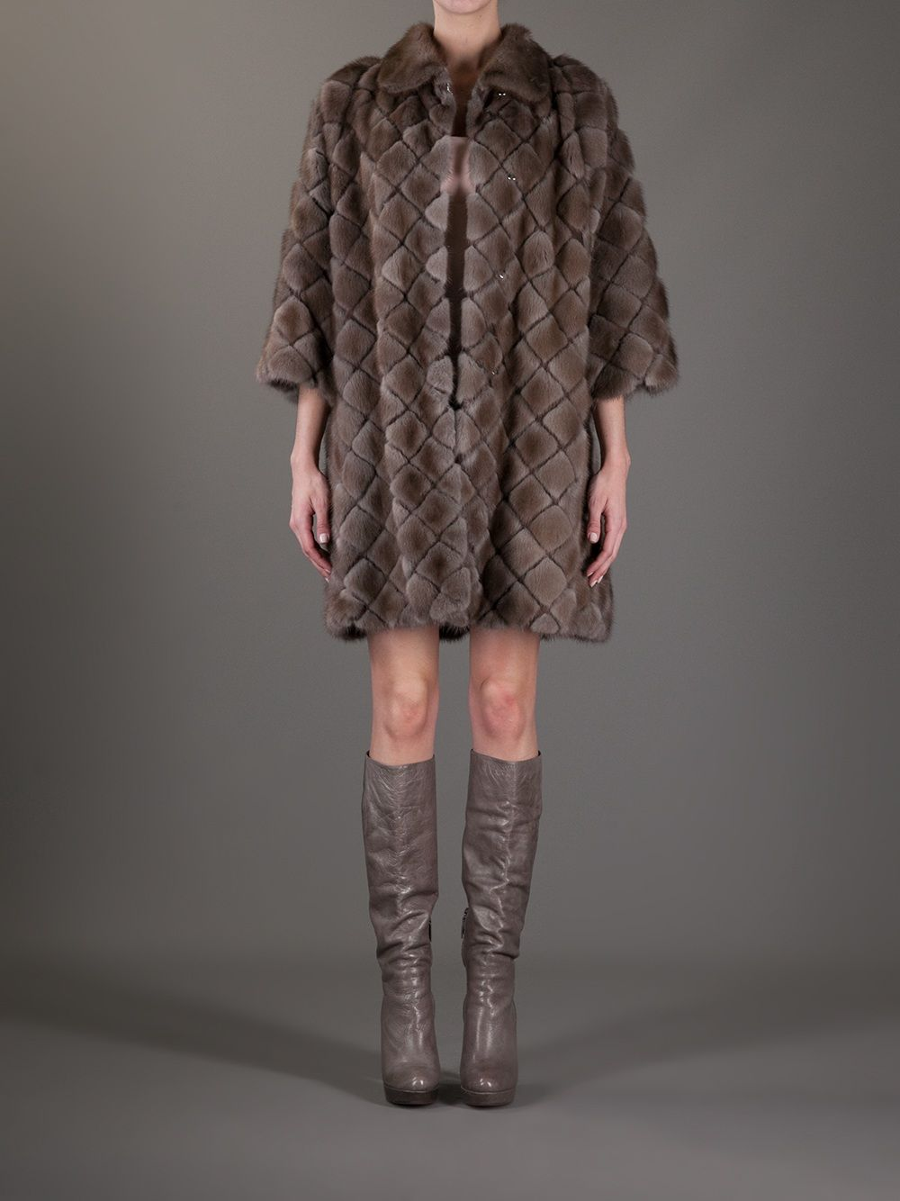 8deeac1fb7e4 Milusha Harlequin Shape Dark Pastel Mink Coat - Box Boutique - farfetch.com