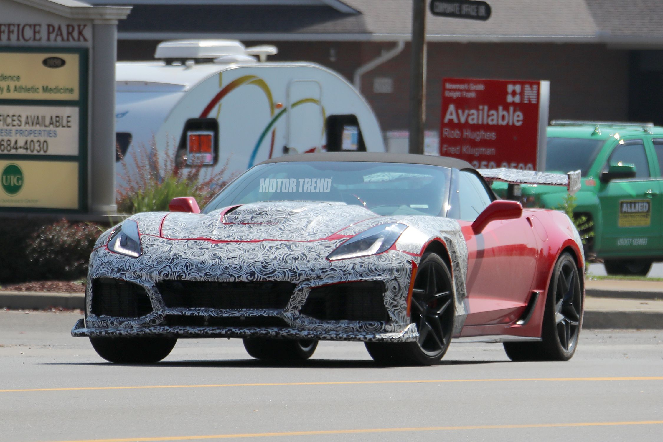 Spied 2018 Corvette Zr1 Caught With An Automatic Transmission