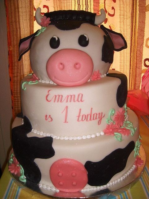 Cute Cow Cake Kids Pinterest Cow Cakes Cake And Birthday Cake