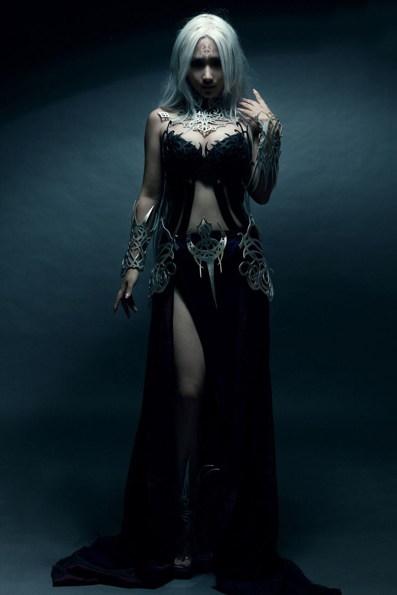 I'm thinking maybe this for Luce's dark look once she becomes ...