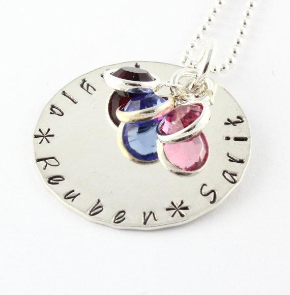 Fête des mères cadeau - personnalisé Birthstone main estampillée collier - collier personnalisé avec cristaux Swarovski