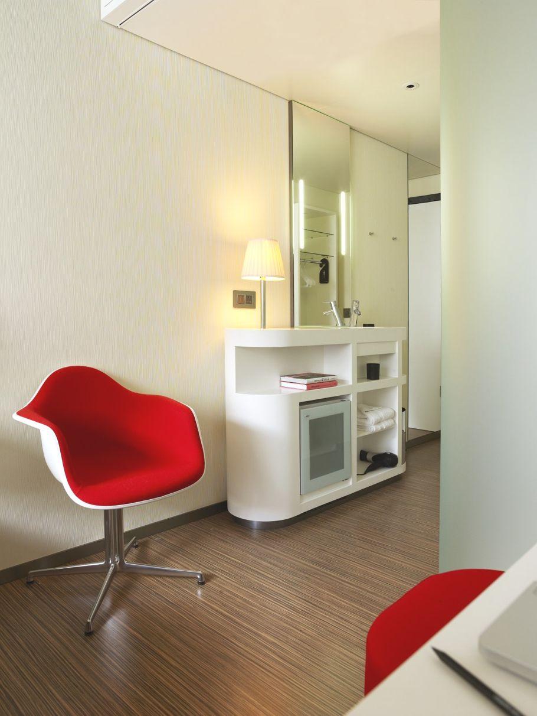 modern dressing table designs citizenm london boutique hotels london london hotels london
