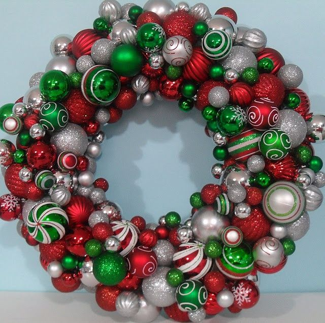 christmas ball wreath christmas ball wreath holiday ideas - Christmas Ball Wreath