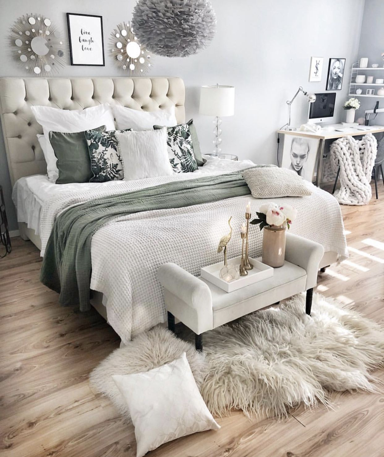 White And Olive Green Bedroom Green Bedroom Decor Olive Green Bedrooms Green And White Bedroom