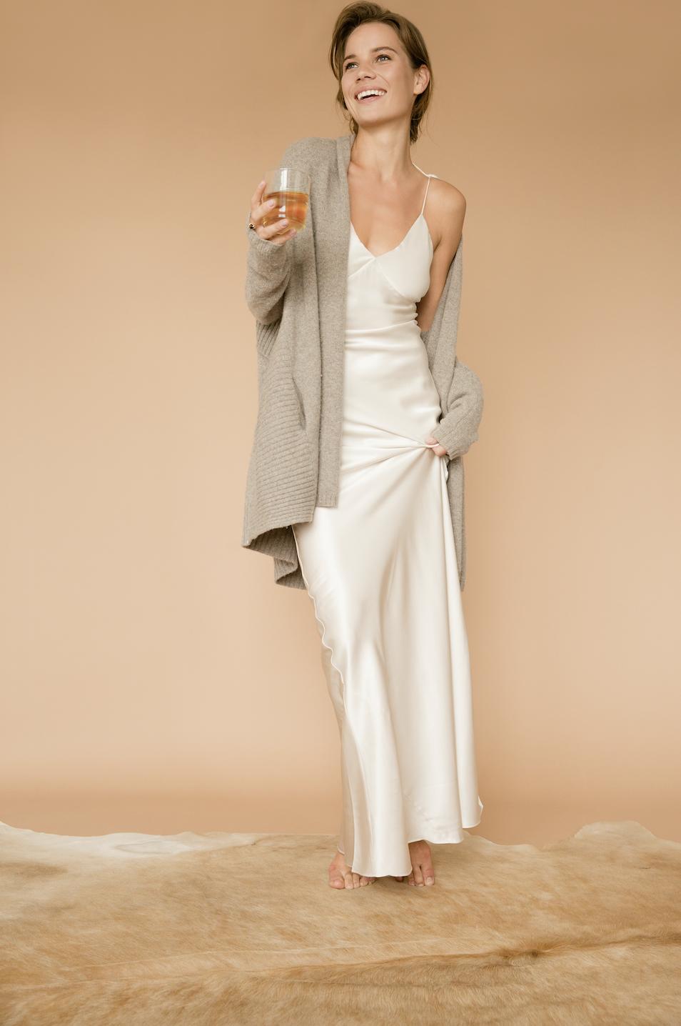 Silk Slip Silk Dress Layering White Silk Dress Elegant Silk Dress Elegant Slip Dress Slip Dress Ou Slip Dress Outfit Elegant Silk Dresses Silk Outfit [ 1436 x 954 Pixel ]