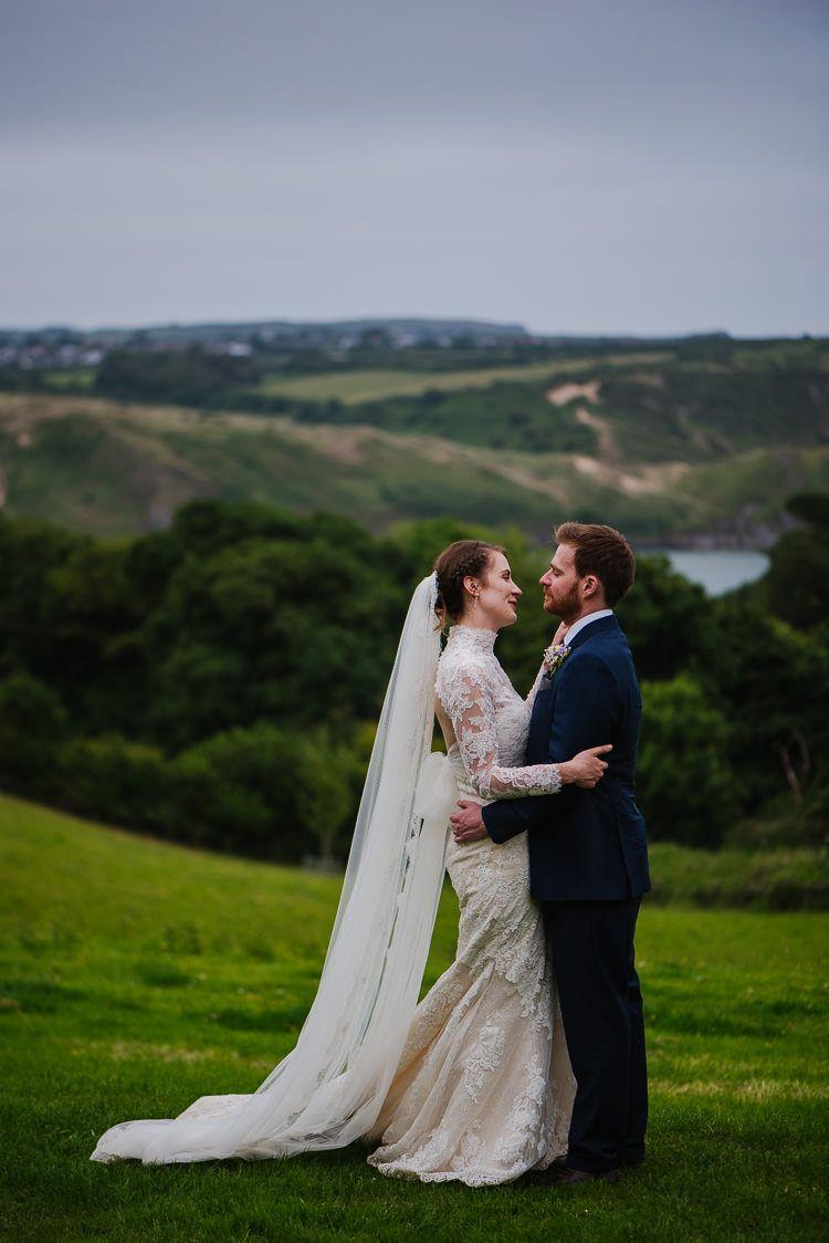 Boho funfair floral country wedding pronovias dresses lace veils