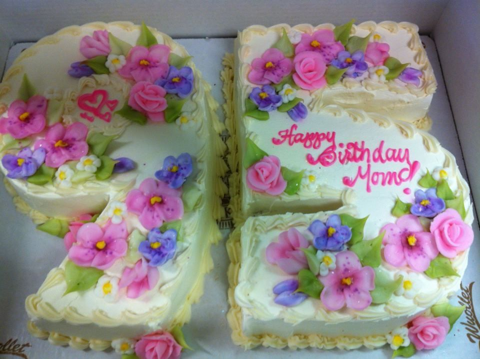 Flowers For A 95th Birthday Cake With Images New Birthday Cake