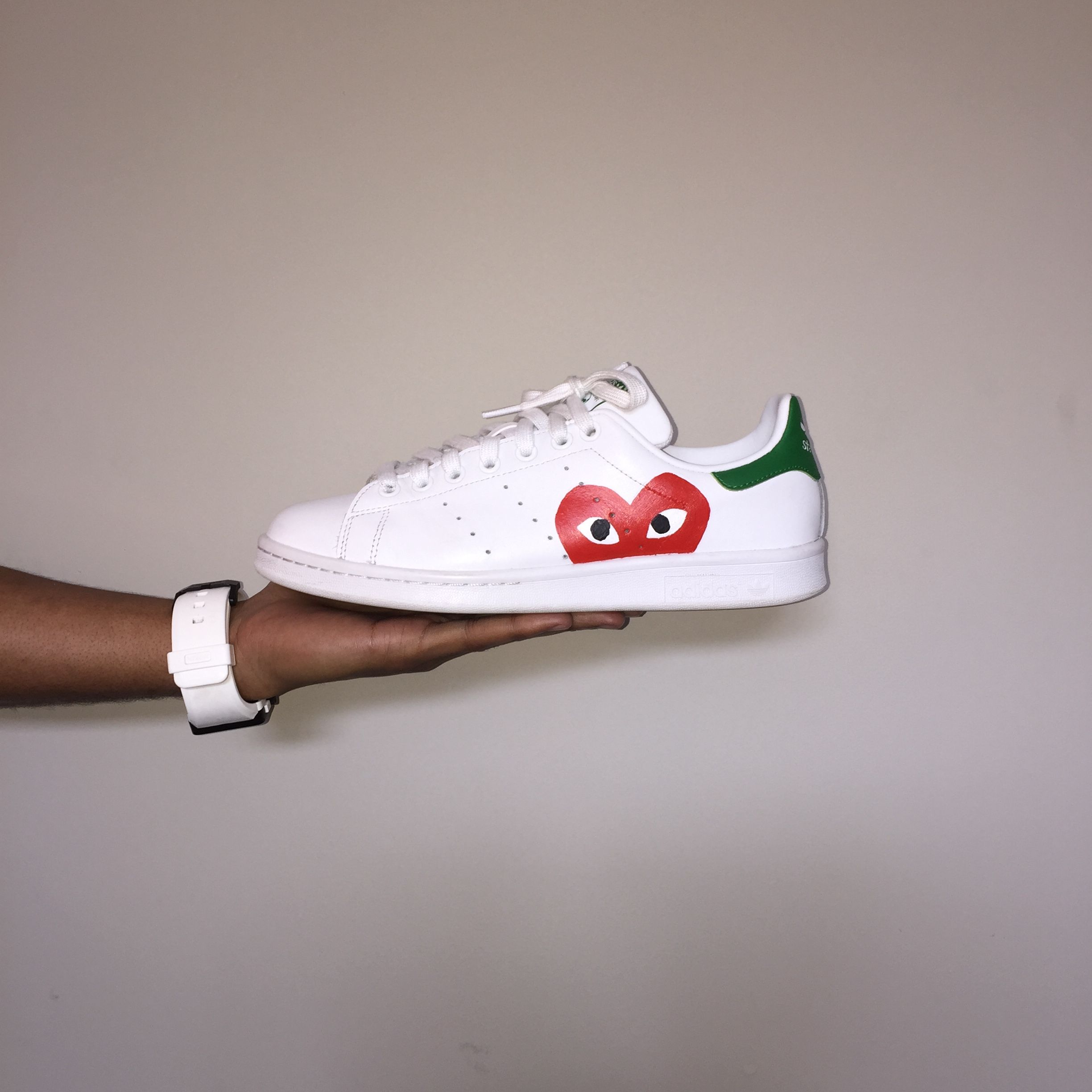 Stan Smith by CDG | Chaussures stan smith, Customiser ...
