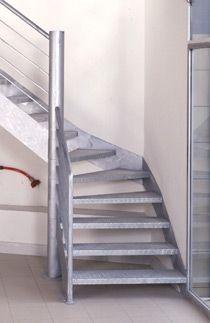 Escalier 1 4 Tournant Industriel En Acier Galvanise Escaliers