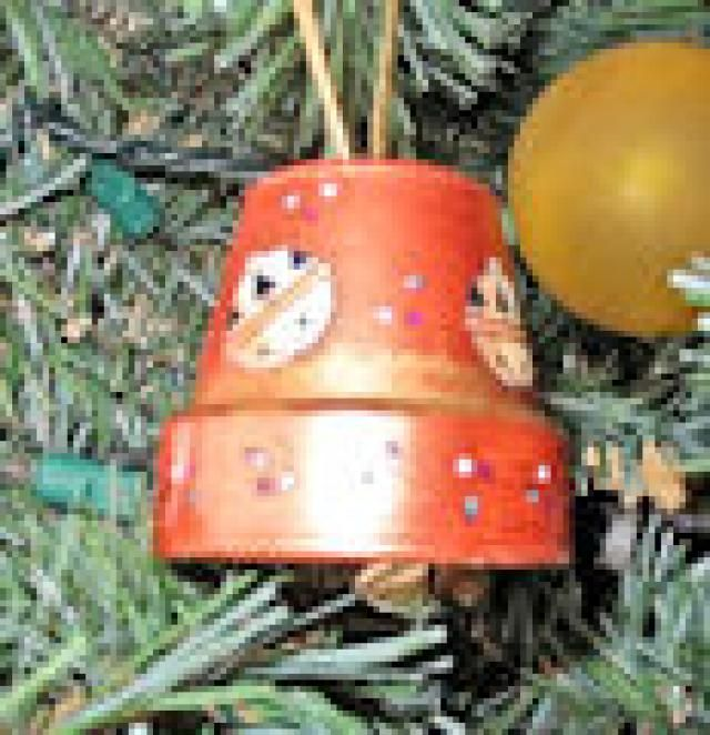 Recycled Christmas Craft Ideas Part - 45: 24 Rad Ideas For Recycled Christmas Tree Ornaments