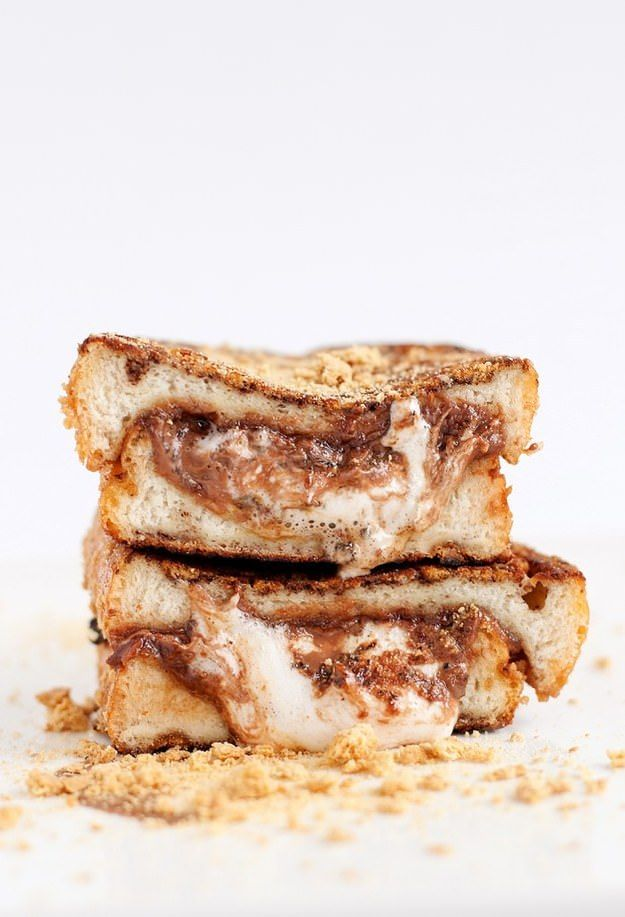 S'more-Stuffed French Toast  23 Brunch Recipes That Are Almost Too Good To Be True • BoredBug