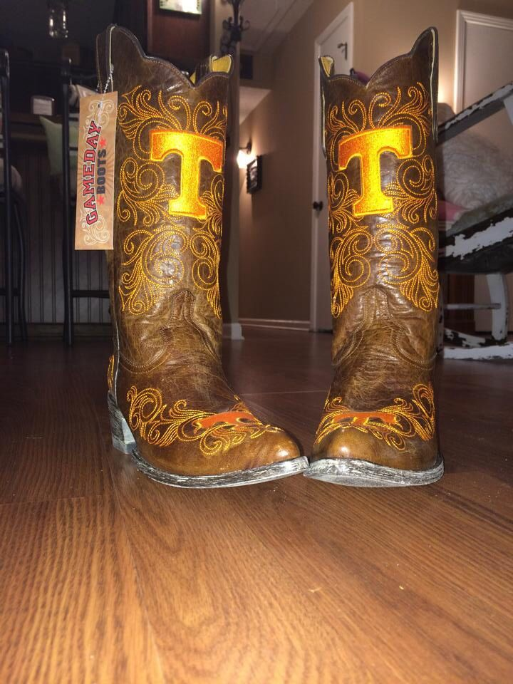 521182b3c236ee My new game day cowboy boots!!! You can get yours at http