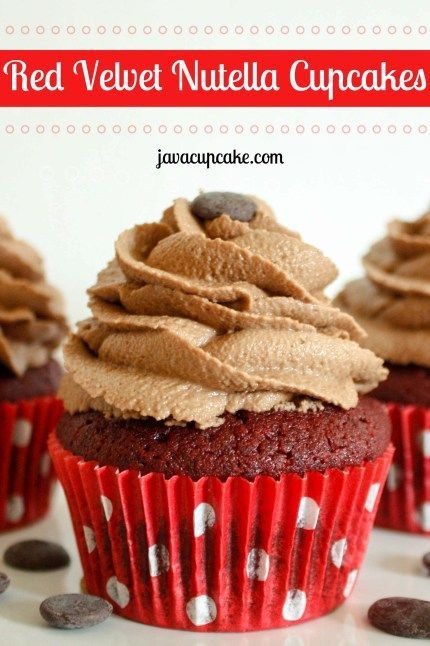 Red Velvet Nutella Cupcakes: Moist red velvet cake piled high with rich and creamy Nutella buttercream make these Red Velvet Nutella Cupcakes!