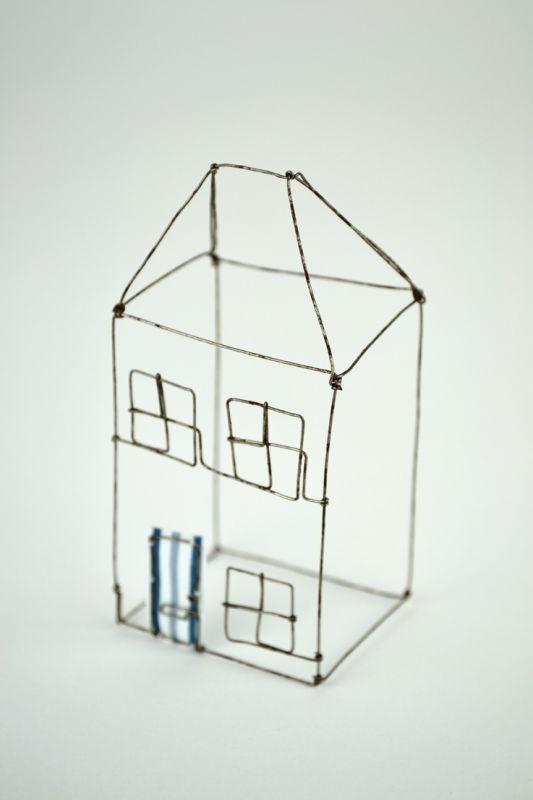Small Wire House by Louise Dawn Wilson. | Rautalankatöitä ...