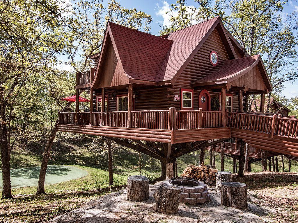 Luxury Treehouse Located Next To Big Cedar Vrbo