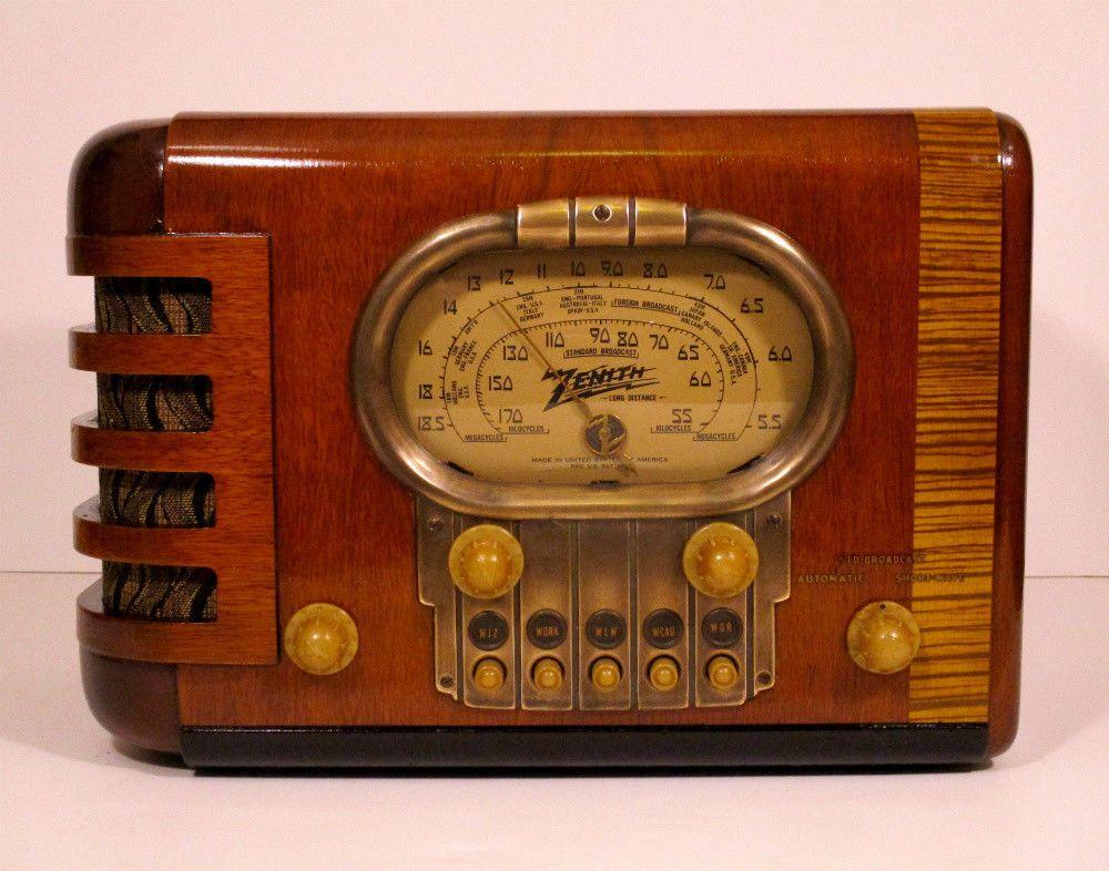 Old Antique Wood Zenith Vintage Tube Radio Restored