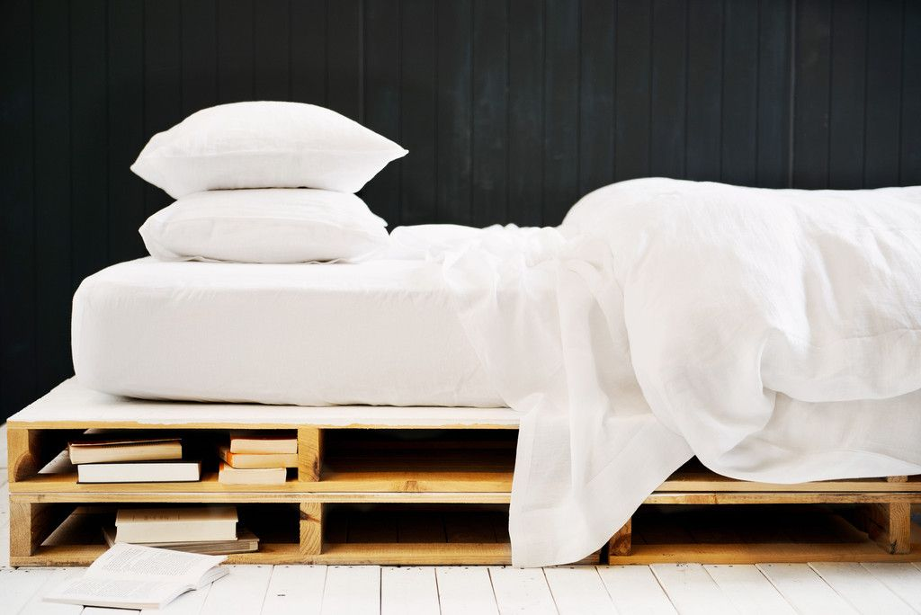 Belgian Linen FLAT OR FITTED SHEETS- Wham White. Scout house st Kilda $156 king sheets