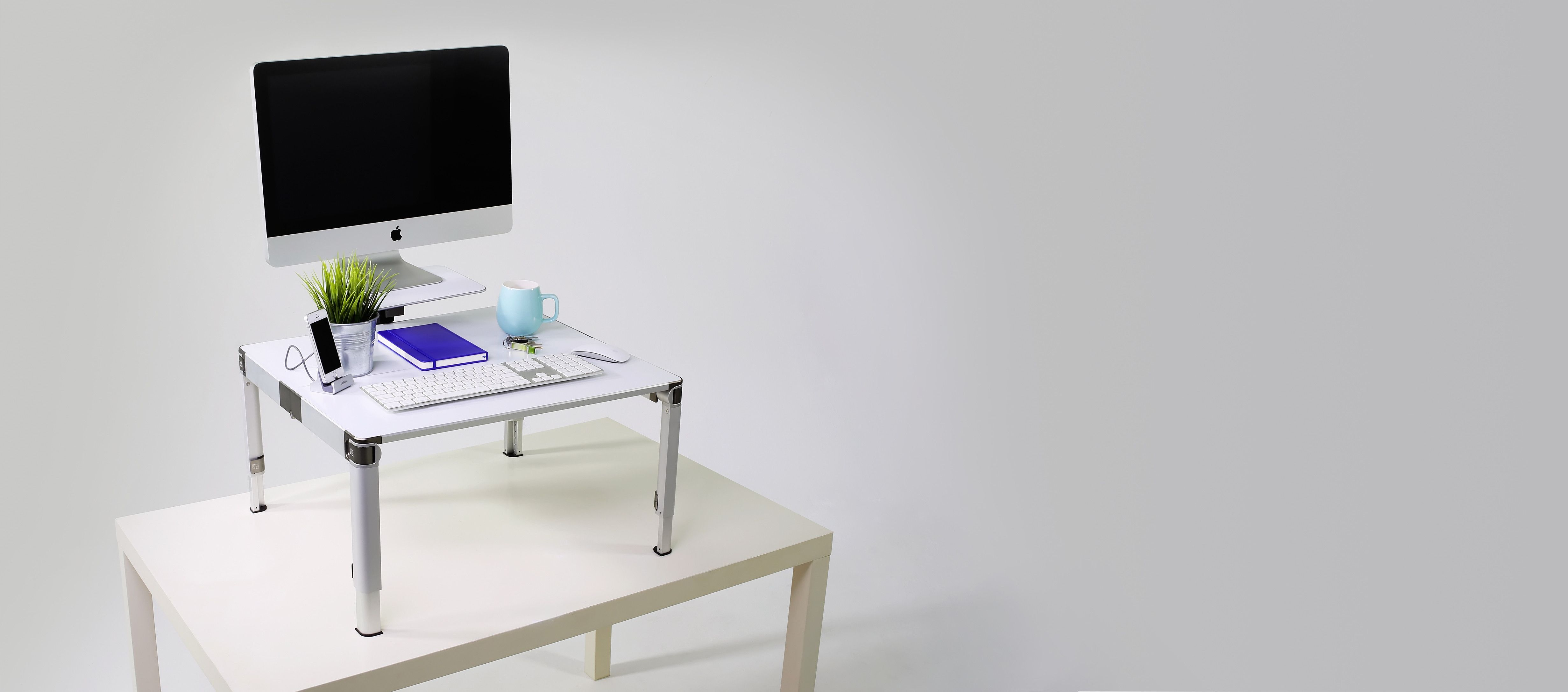 The world\u0027s first portable adjustable standing desk. Sets up in 30 ...