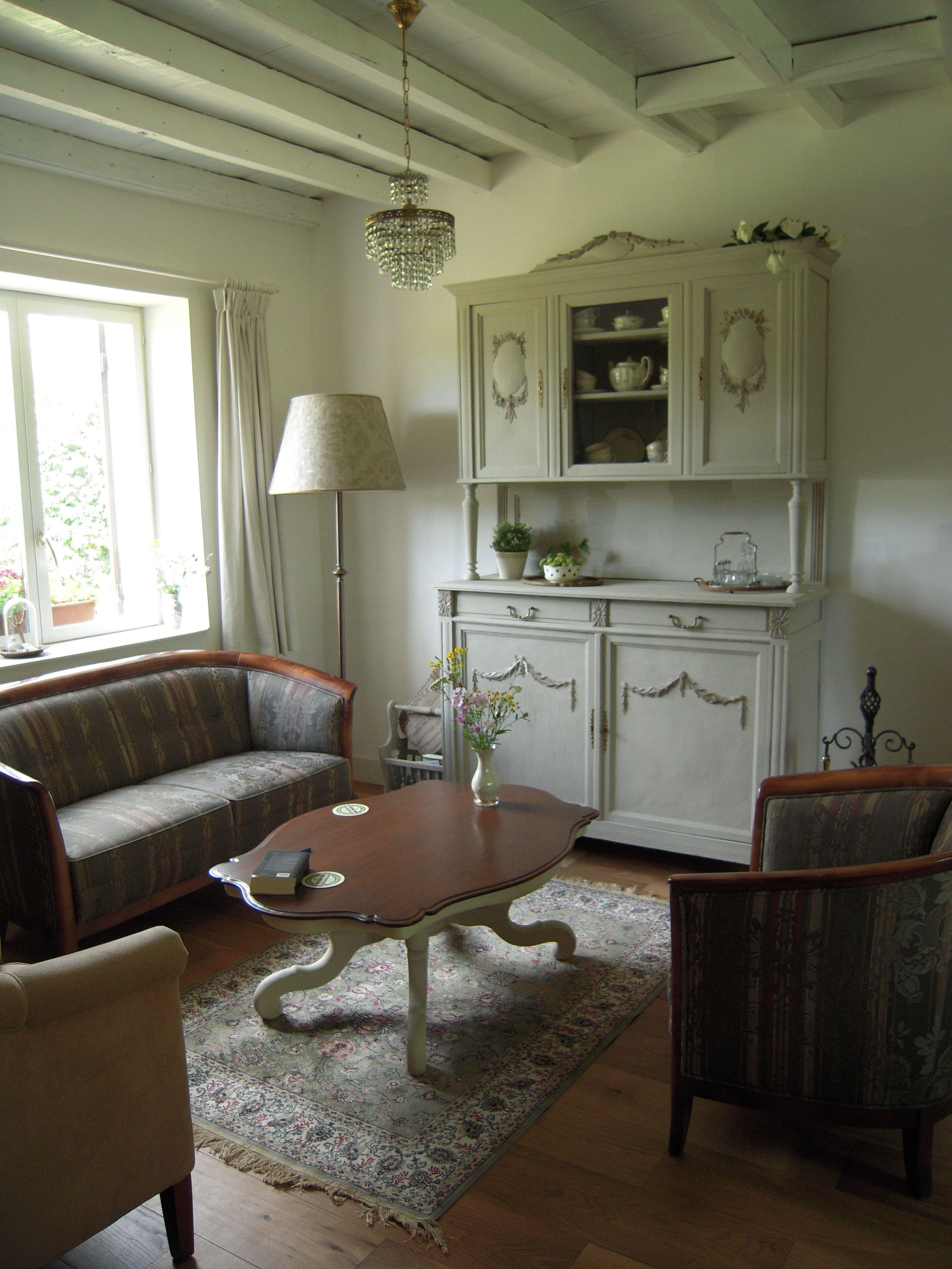 Brocante interieur van huiskamer diy oude lampenkap is for Interieur huiskamer