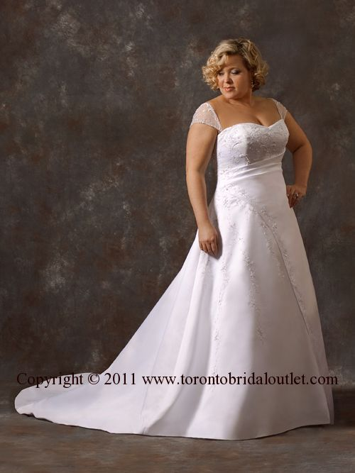 TORONTO WEDDING GOWNS TORONTO Outlets Shops Bridal Boutiques Wedding ...